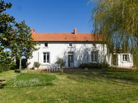 French property for sale in BOUILLE LORETZ, Deux Sevres - €205,200 - photo 1