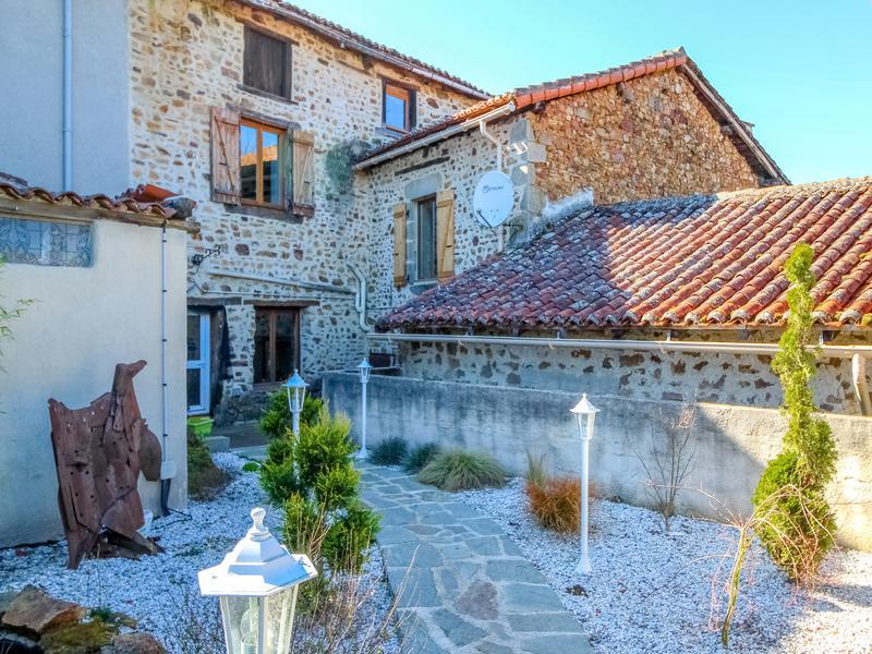 Maison à vendre à ST CHRISTOPHE(16420) - Charente