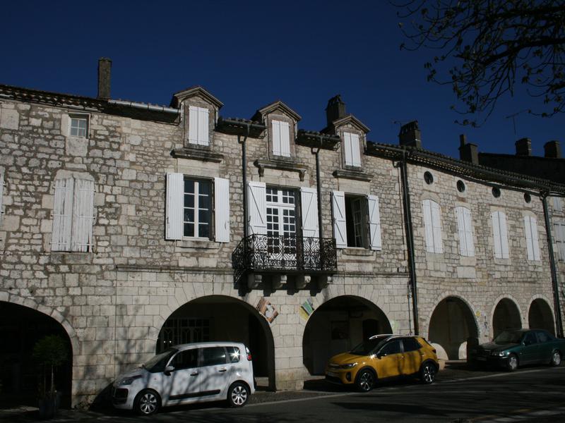 Maison à vendre à CASTELNAU MONTRATIER(46170) - Lot