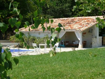 Magnificent property in a quiet location in Charente