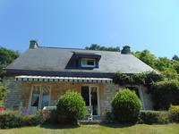 French property for sale in QUISTINIC, Morbihan - €255,600 - photo 2