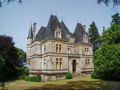 chateauin LA CHATAIGNERAIE