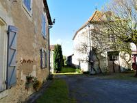 French property for sale in DEVIAT, Charente - €224,700 - photo 4