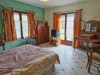 Maison à vendre à CHENAUD en Dordogne - photo 4