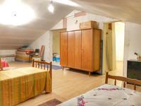 Maison à vendre à CHENAUD en Dordogne - photo 6