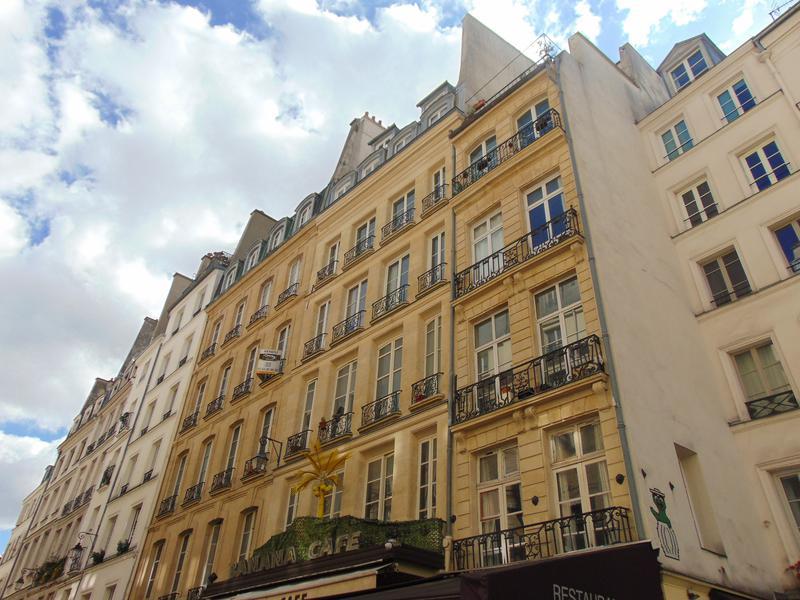Appartement 1 pièce  à vendre à PARIS I (75001) -  Paris