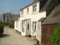 French property for sale in PLONEVEZ DU FAOU, Finistere - €86,000 - photo 2
