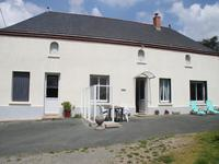 French property, houses and homes for sale inCHAMP SUR LAYONMaine_et_Loire Pays_de_la_Loire