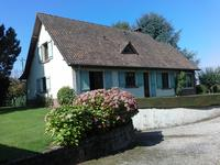 French property, houses and homes for sale inFEUQUIERES EN VIMEUSomme Picardie