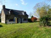 French property for sale in RADENAC, Morbihan - €123,500 - photo 4