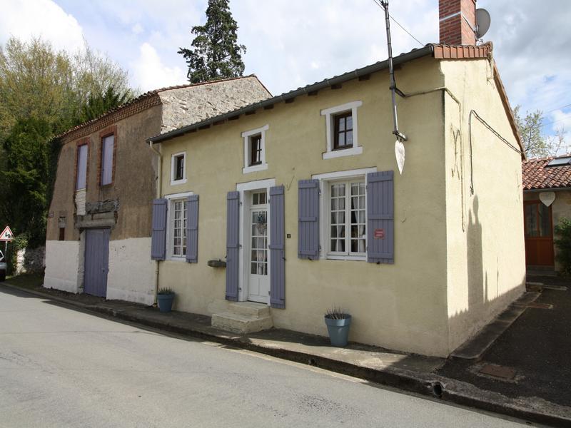 Maison à vendre à BUSSIERE POITEVINE(87320) - Haute Vienne