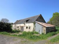 French property for sale in MUZILLAC, Morbihan - €82,500 - photo 2