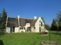 French property for sale in MALESTROIT, Morbihan - €399,000 - photo 4