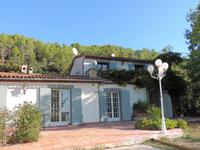 French property for sale in LA MOTTE, Var - €550,000 - photo 3
