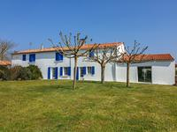 French property for sale in LA ROCHELLE, Charente Maritime - €508,800 - photo 10