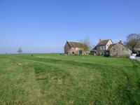 French property for sale in NEUILLY LE VENDIN, Mayenne - €172,800 - photo 2