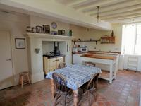French property for sale in NEUILLY LE VENDIN, Mayenne - €172,800 - photo 3