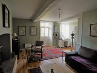 French property for sale in NEUILLY LE VENDIN, Mayenne - €172,800 - photo 5