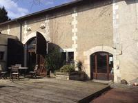 Maison à vendre à AUBETERRE SUR DRONNE en Charente - photo 1