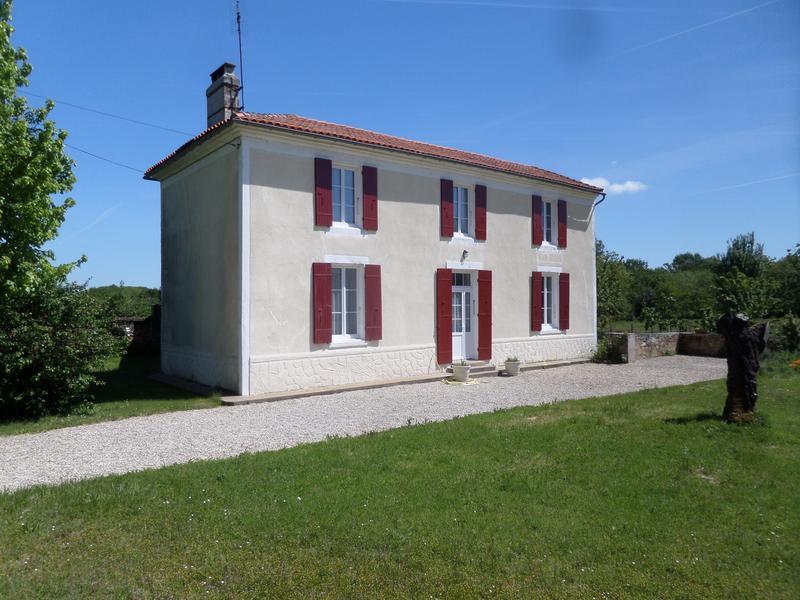 Maison à vendre à ST GENIS DE SAINTONGE(17240) - Charente Maritime