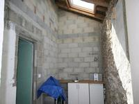 French property for sale in ORADOUR SUR VAYRES, Haute Vienne - €43,000 - photo 5