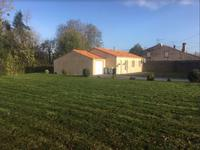 French property for sale in MERVENT, Vendee - €174,900 - photo 2