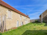 French property for sale in MAULAY, Vienne - €136,250 - photo 5