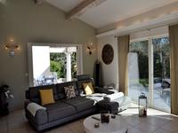French property for sale in FREJUS, Var - €455,800 - photo 2