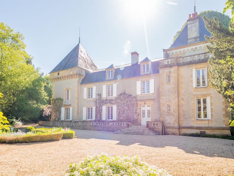Chateau à vendre à EXCIDEUIL(24160) - Dordogne