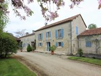 Maison à vendre à BESSE en Charente - photo 0