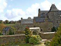 houses and homes for sale inPLOUIGNEAUFinistere Brittany