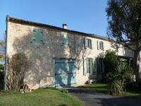houses and homes for sale inSAINTESCharente_Maritime Poitou_Charentes