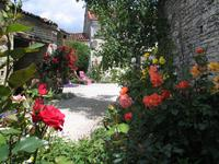 French property for sale in VILLIERS COUTURE, Charente Maritime - €149,000 - photo 7