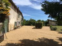 French property for sale in CHAMPAGNE ET FONTAINE, Dordogne - €99,000 - photo 2
