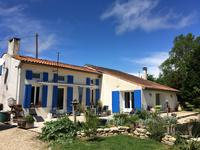 houses and homes for sale inST AIGULINCharente_Maritime Poitou_Charentes