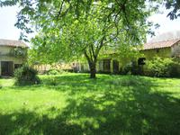 French property for sale in CHAMPNIERS, Vienne - €135,000 - photo 9