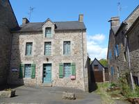 French property for sale in MONCONTOUR, Cotes d Armor - €255,730 - photo 2