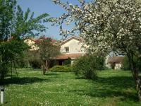 French property for sale in VENTOUSE, Charente - €136,250 - photo 9