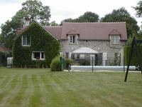 French property for sale in ST DENIS DE JOUHET, Indre - €251,450 - photo 2