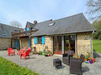 French property for sale in LIGNIERES ORGERES, Mayenne - €262,150 - photo 2