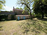 French property for sale in FONTAINE CHALENDRAY, Charente Maritime - €136,250 - photo 9
