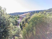 Maison à vendre à CUCURON en Vaucluse - photo 8