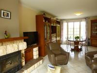Maison à vendre à LACROPTE en Dordogne - photo 3