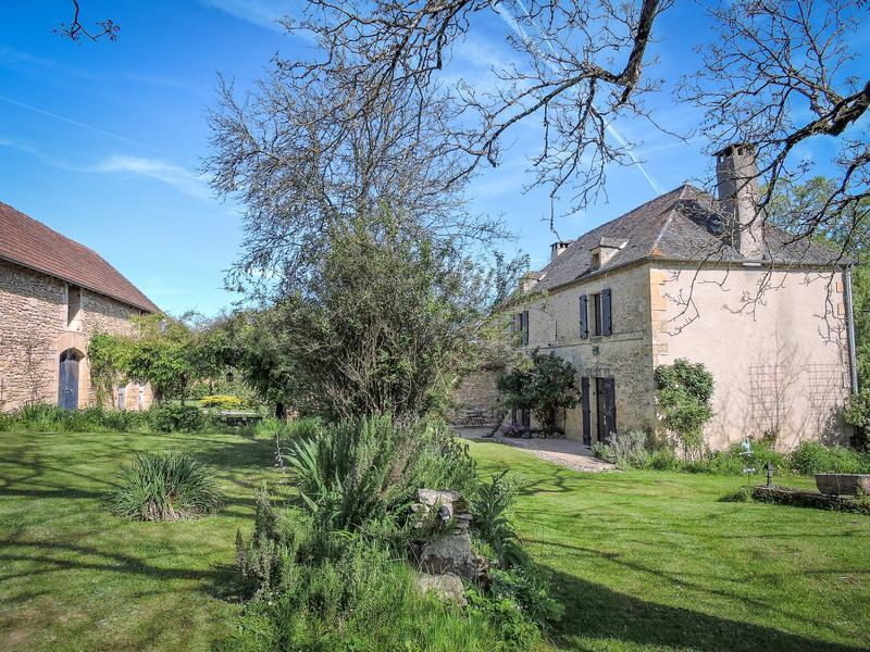 Commerce à vendre à MONTIGNAC(24290) - Dordogne