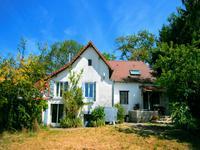 Maison à vendre à ARNAC POMPADOUR en Correze - photo 1