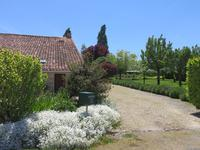 French property for sale in GENOUILLE, Charente Maritime - €380,000 - photo 9
