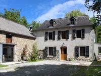 French property for sale in LOUVIE JUZON, Pyrenees Atlantiques - €297,000 - photo 4