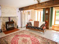 French property for sale in NERE, Charente Maritime - €191,160 - photo 4