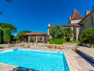 Outstanding Gascony Château with 45 hectares of land including 6 hectares of vines (bio), successful wedding venue and cottage rental businesses, magnificent location with much further potential.