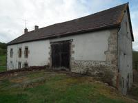 French property for sale in AUZANCES, Creuse - €71,500 - photo 2